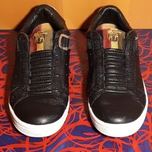 L.A.M.B men's sneakers size 6.5 like new